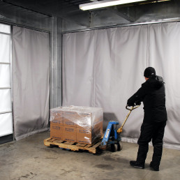 climate-curtains-insulated-curtain-wall-cold-storage-curtains