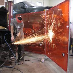weld-screen-industrial-welding-curtain